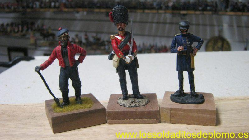Crimea 1854-Highland Light Infantry by Ensign,Officer Coldstream Guards by Hachette,ADC by Eagle Miniatures
