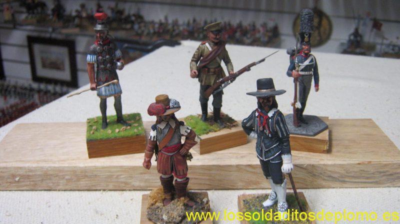 Lasset Sovereign 70mm -Centurion,ad100,Siberian Rifle Regiment 1904.Russian Infantry 1805.Series 77- Cavaliers, English Civil War 1642